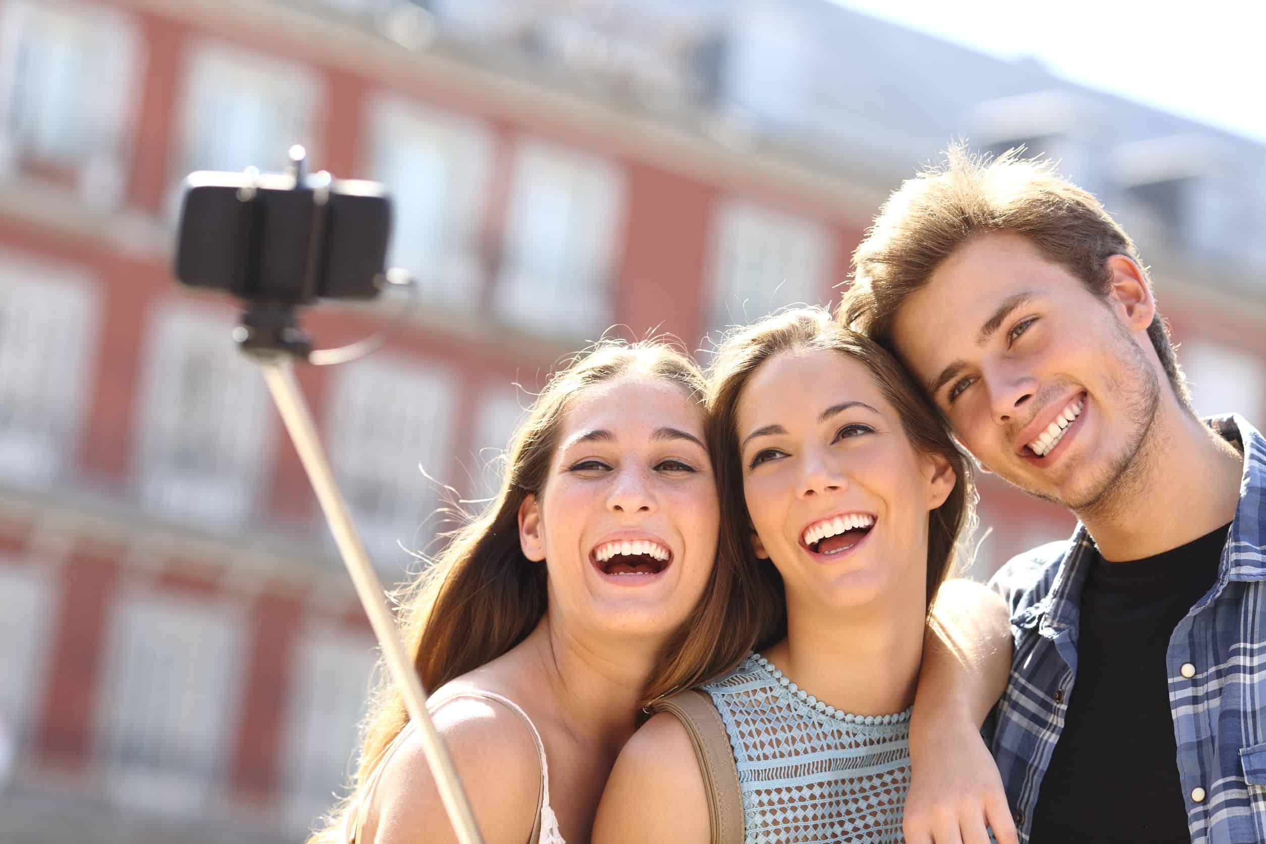 Die 3 besten Selfie Sticks für dein iPhone